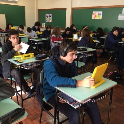 2019_08_28 - Revisão conteúdos Inglês e Espanhol 9º ano01