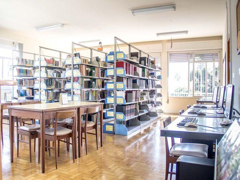 08-Biblioteca01
