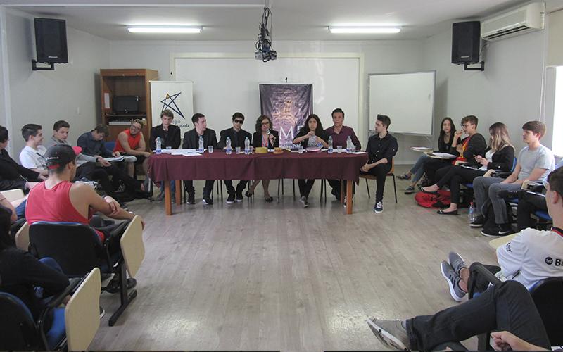 Noticias_2018-10-09_Debate01