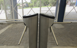 2020.03.06 - Instalação das catracas