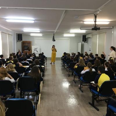 2019_10_02 - Visita da autora Cris Dias - 3º anoo07